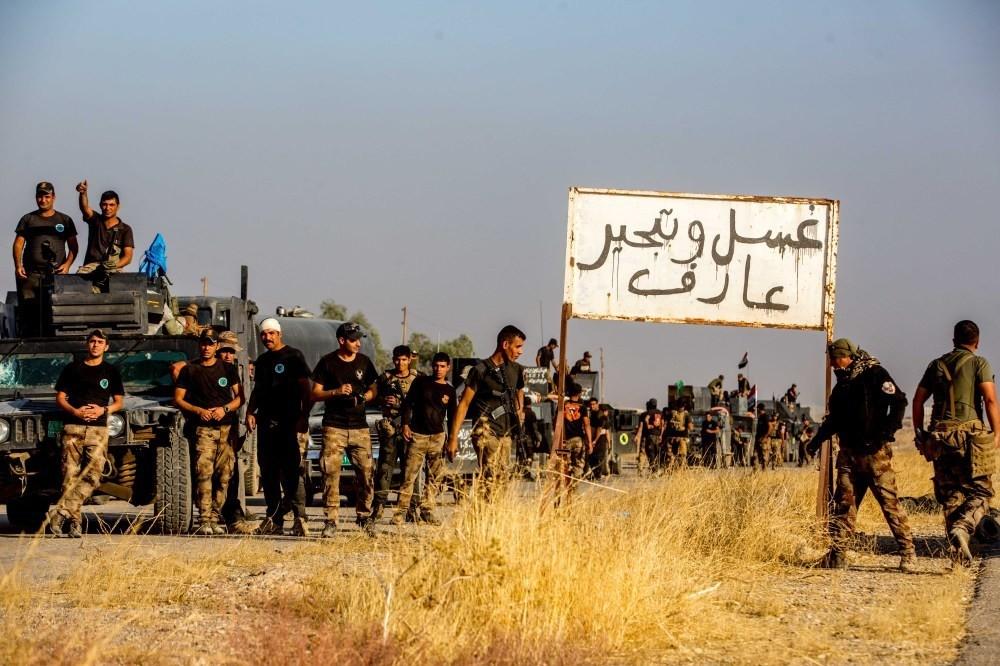 Shiite militias within the Iraqi army seen during the Mosul offensive. (Photos by Uu011fur Yu0131ldu0131ru0131m)