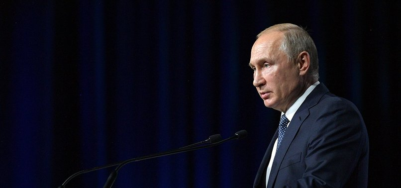 RUSSIA DOES NOT WANT SANCTIONS ON GEORGIA, PUTIN SAYS