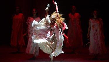 Operada yeni sezona Troya damgası
