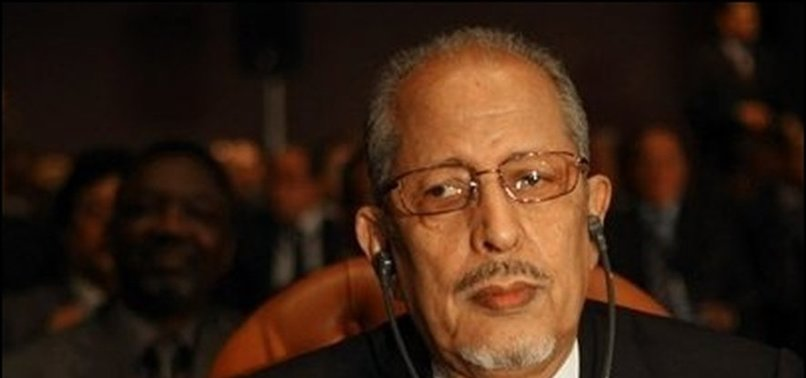 FORMER MAURITANIAN PRESIDENT DIES AT 82