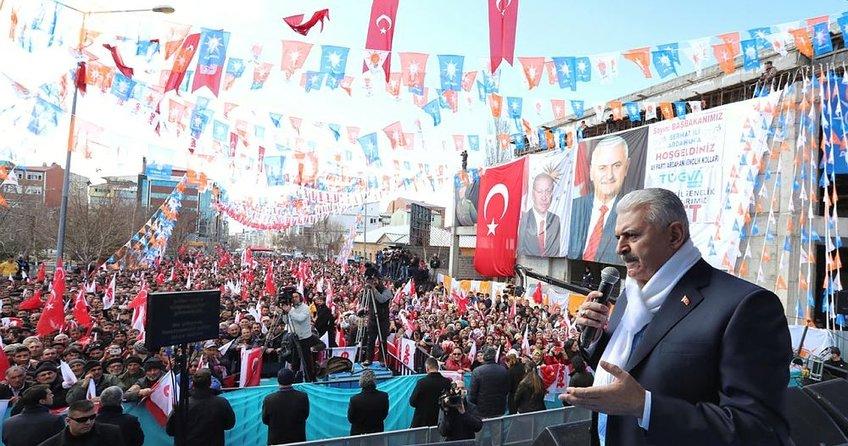 Başbakan Binali Yıldırım: Bunlar bir belediyeye bile sahip çıkamadılar...