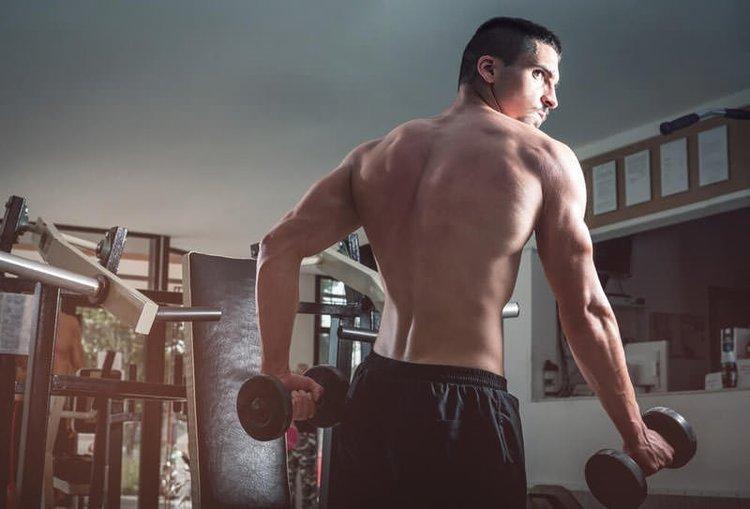 Kol kaslarını geliştirmek için 9 yöntem