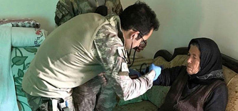 AFRIN CIVILIANS THANK TURKISH MILITARY FOR HEALTH CHECKS