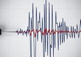 Papua Yeni Gine'de 8 büyüklüğünde deprem