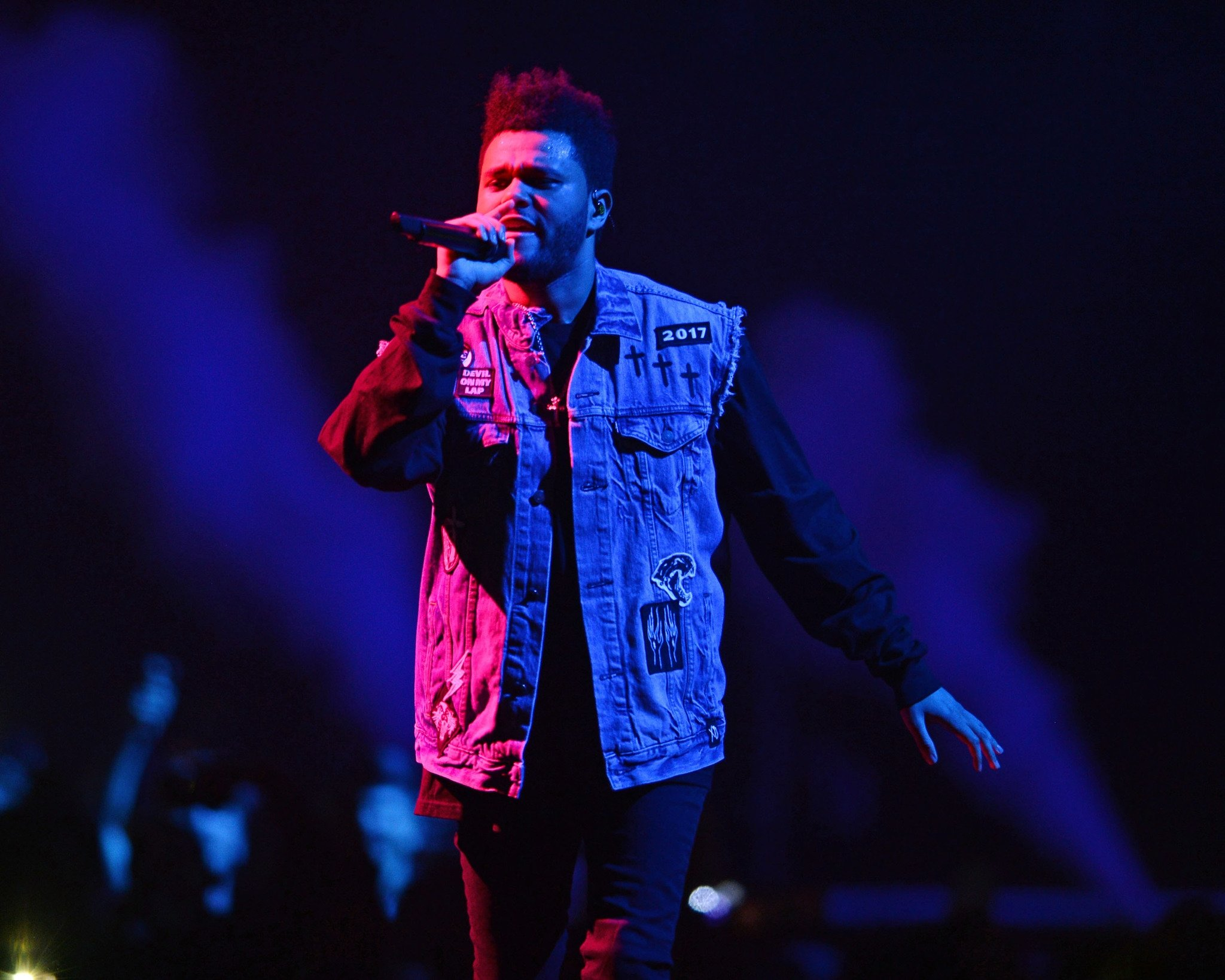 KALBİ KIRIK BİR ADAM: THE WEEKND
