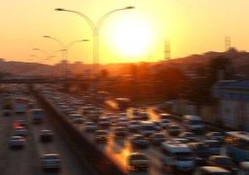 İstanbul anadolu yakasında trafik çilesi