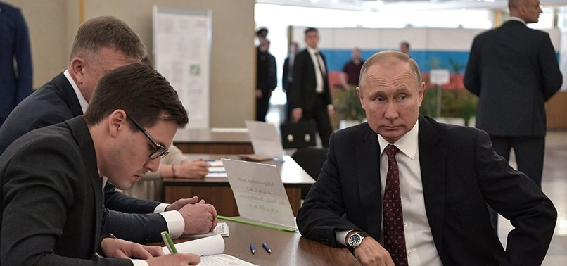 RUSSIAS RULING PARTY LOSES A THIRD OF SEATS IN MOSCOW LOCAL ELECTIONS