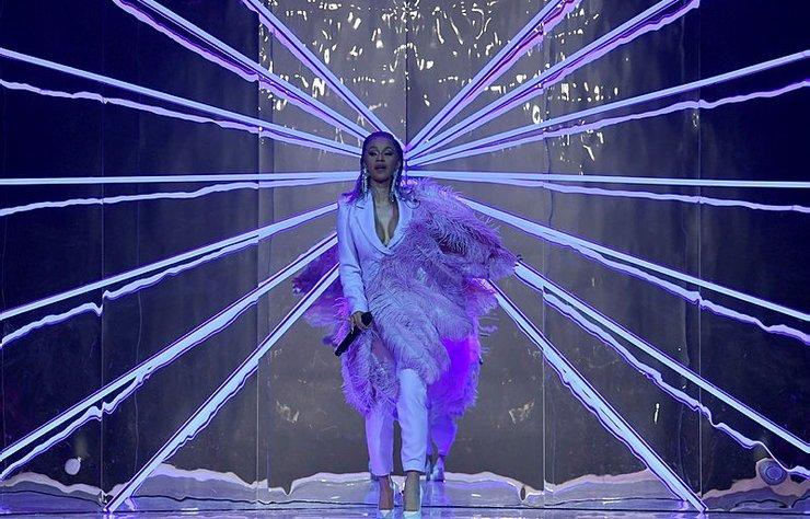 Ünlü rapçi, ETAM'ın Paris Moda Haftası sunumunu kendi şovuna çevirdi!