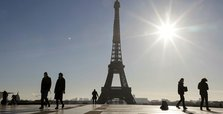 France's new COVID-19 cases slow down but deaths slightly up