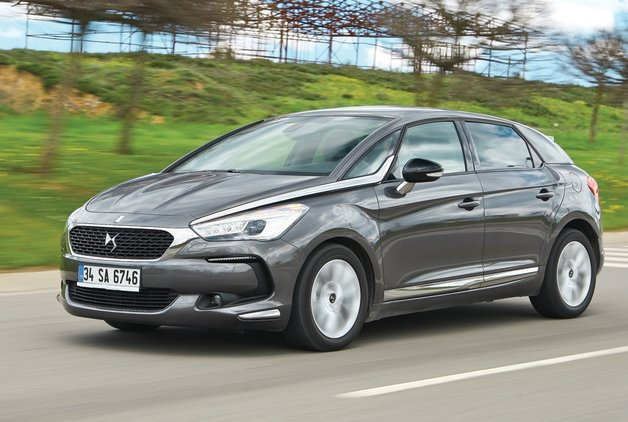 TEST · DS 5 1.6 BlueHDi 120 HP EAT6