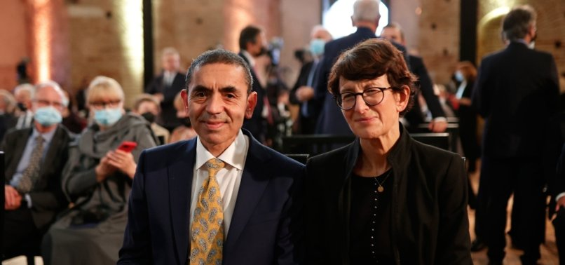 TURKISH-GERMAN VACCINE INVENTORS AWARDED PRIZE IN GREECE