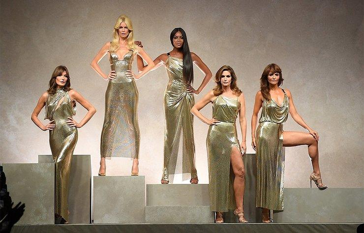 """""""Modanın altın kızları podyumda!"""" haberi için lütfen tıklayın......"""