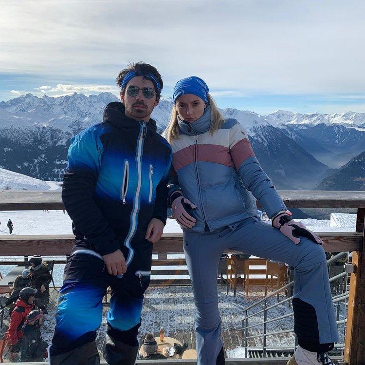 Sophie Turner ve Joe Jonas'ın corona virüs mücadelesi!