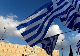 Yunan Bakan: Müzakerelerin durdurulması büyük hata olur