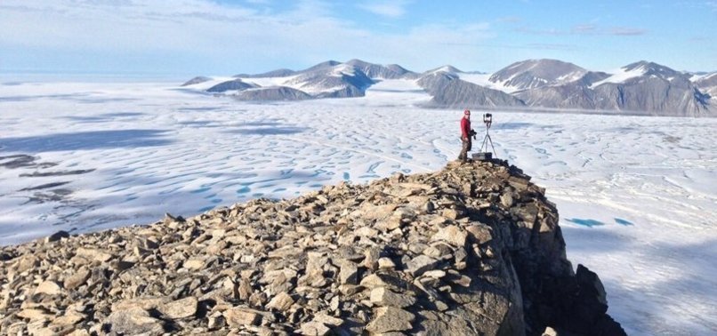 CANADAS LAST INTACT ICE SHELF COLLAPSES DUE TO WARMING