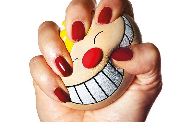 Tüm gün gülümsemek zorunda olduğunuz bir mesleğe sahipseniz, kötü bir haberimiz var; depresyona meyilli olabilirsiniz.