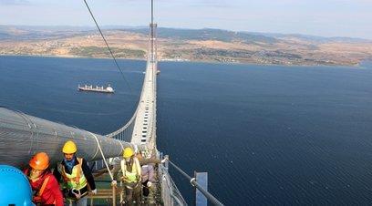 318 metre yükseklikten 1915 Çanakkale Köprüsü
