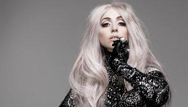 Lady Gaga Evleniyor!