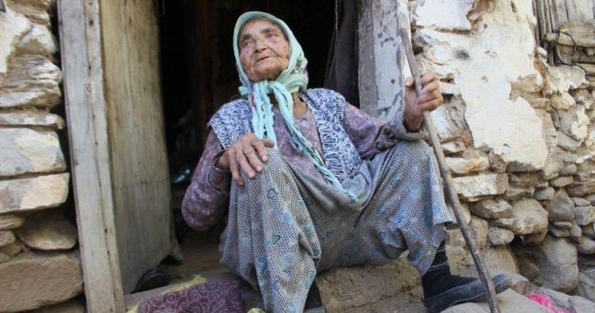 Kocası istedi diye 30 yıldır terk etmiyor