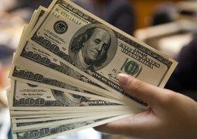 Merkez Bankası'nın Faiz Kararı Sonrası Dolar Sert Düştü