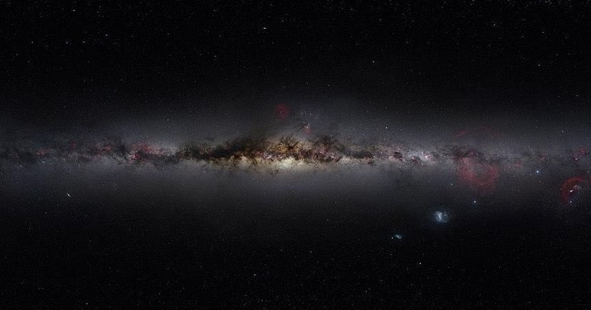 Samanyolunun merkezinde on bin kara delik olabilir