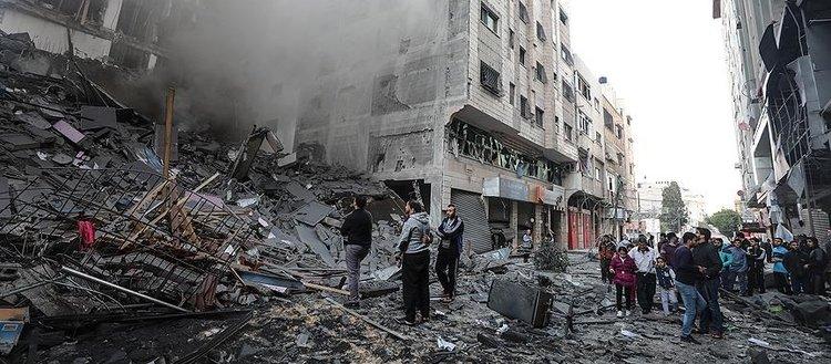 İsrail 2018'de Gazze'yi 865 kez bombaladı