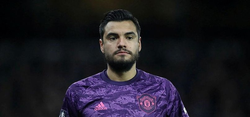 MAN UTD GOALKEEPER ROMERO ESCAPES UNHURT FROM CAR CRASH