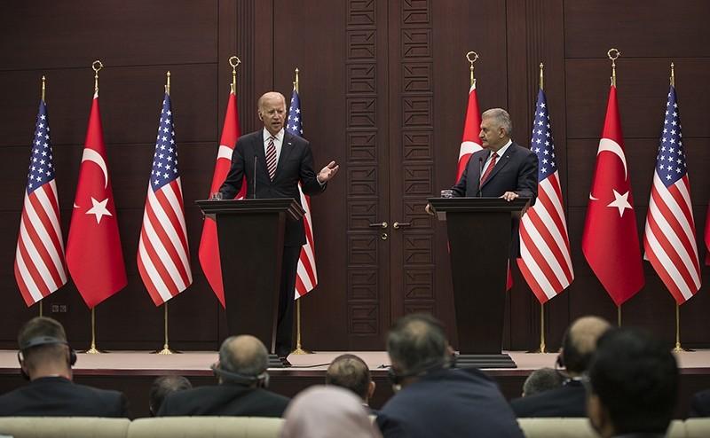 Prime Minister Binali Yu0131ldu0131ru0131m (right), US Vice President Joe Biden at a joint press conference in Ankara on August 24, 2016 (AA Photo)