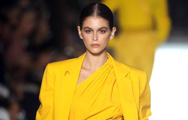 Fendi 2019 İlkbahar/Yaz kreasyonu Milano Fashion Week kapsamında tanıtıldı.