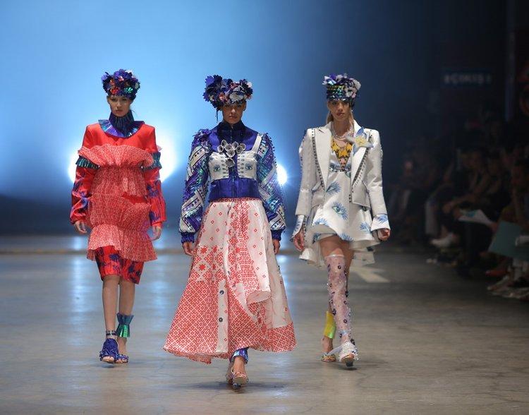İstanbul Moda Akademisi öğrencilerinden dev moda şovu