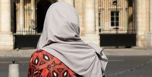 Opinion leaders condemn Muslim headscarf ban in Austria