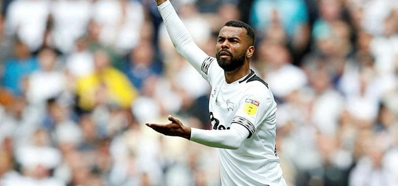 ENGLISH LEFT-BACK ASHLEY COLE RETIRES FROM FOOTBALL