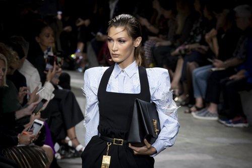 Versace 2020 İlkbahar/Yaz Koleksiyonu