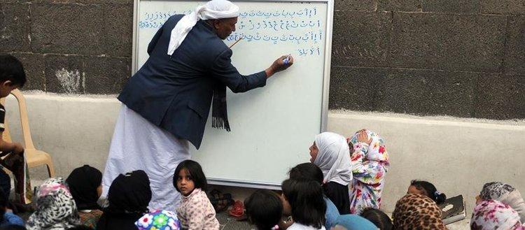 Yemen'de 2014'ten bu yana 4,5 milyon çocuk eğitimden mahrum kaldı