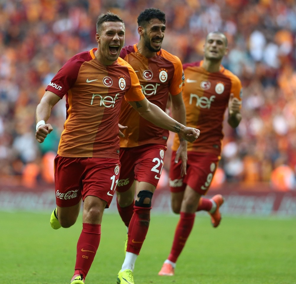 Galatasaray came back from 1-0 behind to win 3-1 against Antalyaspor.