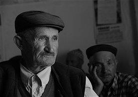 Emeklilikte Yaşa Takılanlar ile ilgili Son Dakika Haberleri (EYT son durum) – Emeklilik yaşı düştü mü? EYT Son Başvuru Tarihi