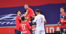Lille thrash Lens 4-0, Turkish players score