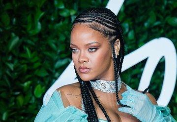 Rihanna'dan flaş karar!