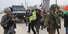 Israeli army detains 15 Palestinians in West Bank raids