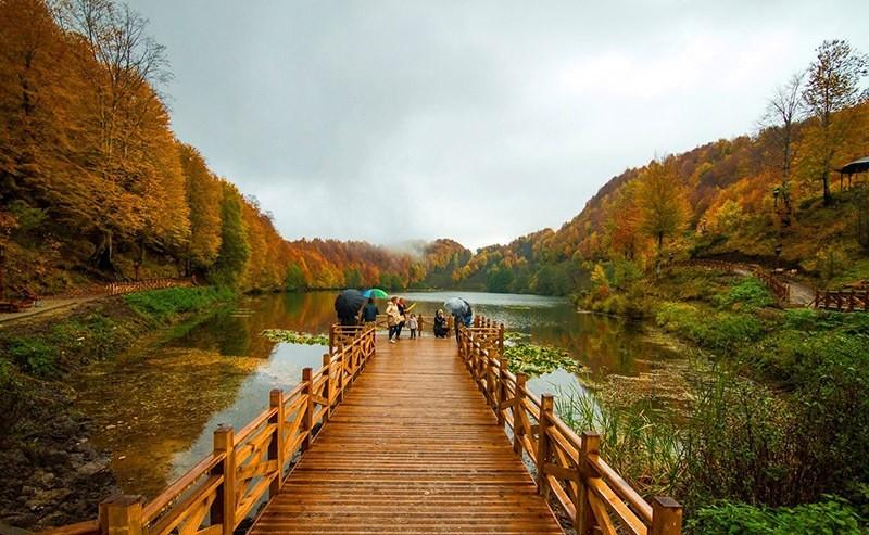 Autumn at Lake Ulugu00f6l in Gu00f6lku00f6y. (Photo IHA)