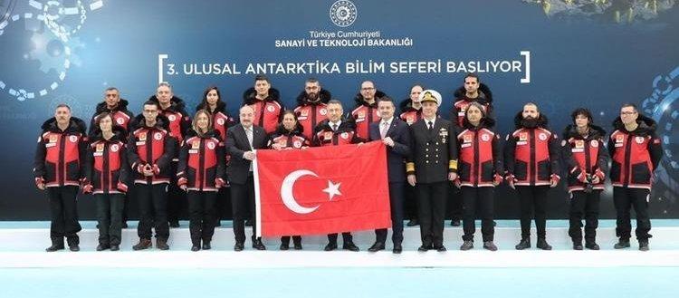 Türkiye'nin Antarktika'da bilimsel çalışma yapacak ekibi yola çıktı!