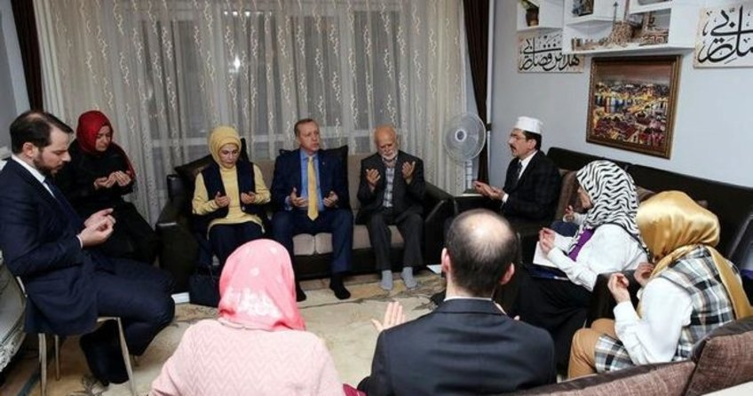 Cumhurbaşkanı Erdoğan ve ailesinden anlamlı ziyaret