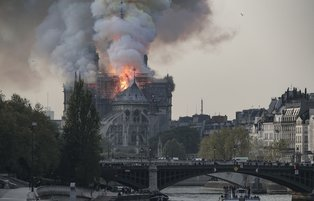 Notre Dame evokes humanity's other losses in Mideast