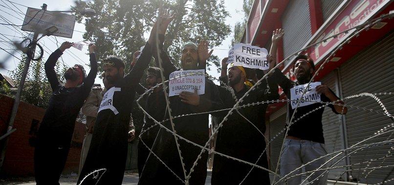 COMMUNICATION BLOCKADE CRIPPLES MEDIA IN KASHMIR