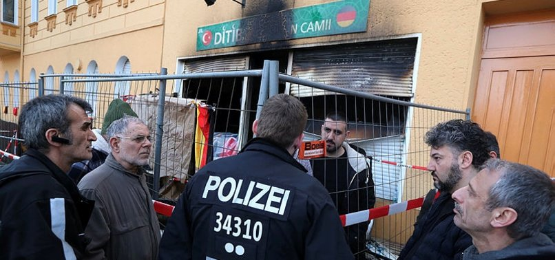 TURKS AND KURDS LIVING IN GERMANY CONDEMN ATTACK ON MOSQUE