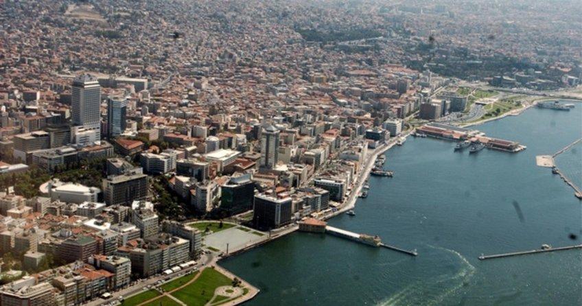 İzmir'de deniz ulaşımı durdu!