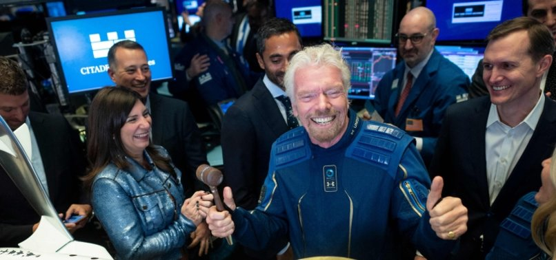 BILLIONAIRE BRANSON WANTS TO LAUNCH INTO SPACE AHEAD OF BEZOS