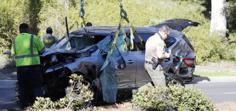 GOLFER TIGER WOODS SERIOUSLY INJURED IN CAR CRASH IN LOS ANGELES SUBURBS