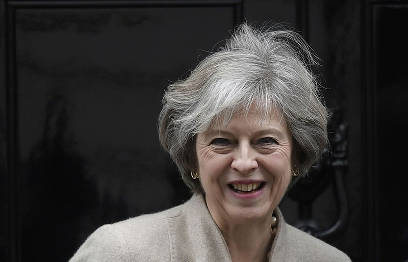 Britain's Prime Minister Theresa May waits to greet her New Zealand counterpart Bill English at Number 10 Downing Street in London, Britain, January 13, 2017. (Reuters Photo)