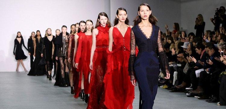 Londra Moda Haftası dijitale taşındı!